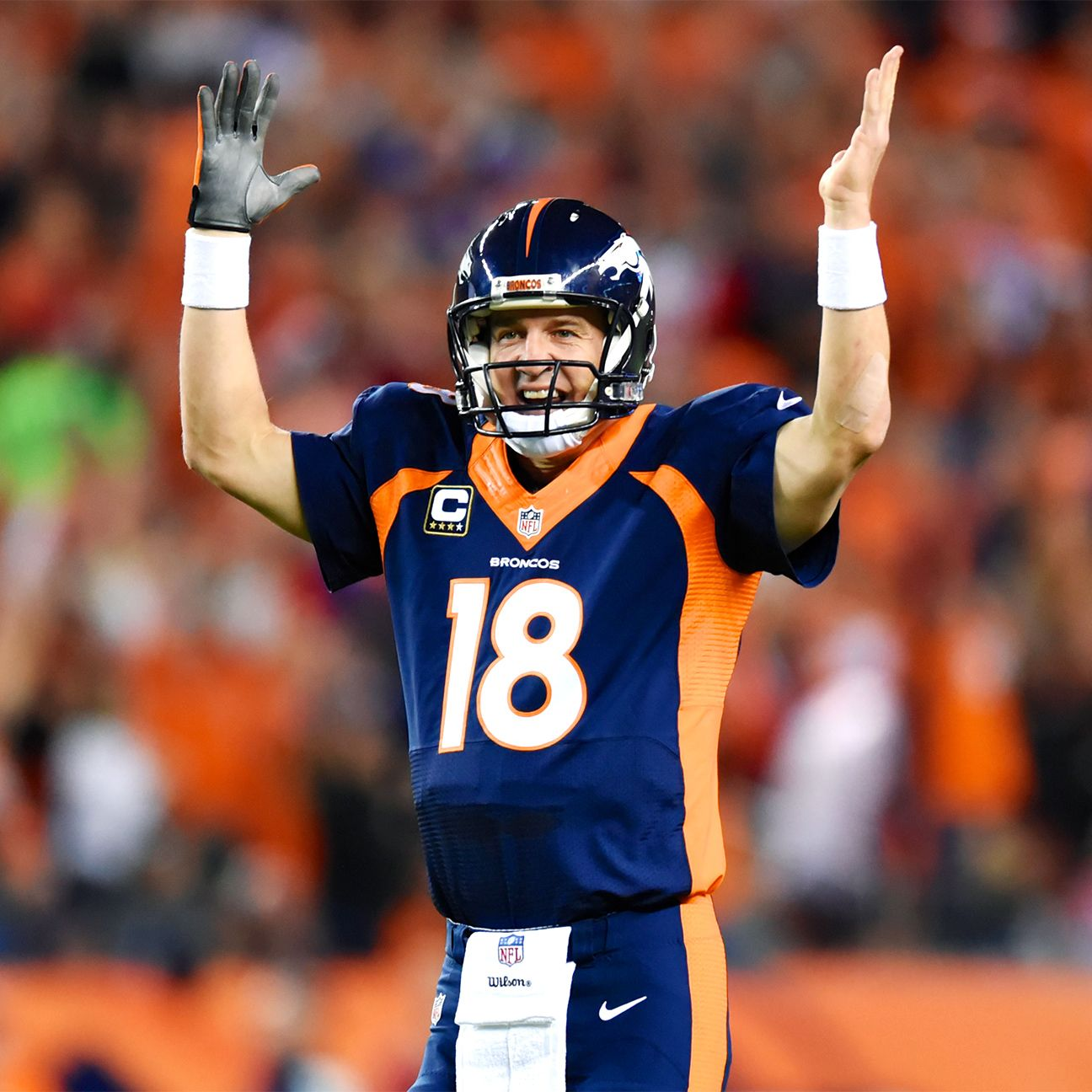 Peyton sends gift to family of fan killed in crash (With