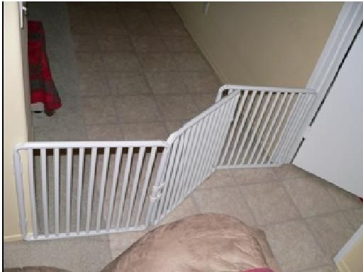 Rover Company Manufactures A Wide Indoor Dog Gate And It Goes Beyond The  Typical Doorway Width, Expanding Up To