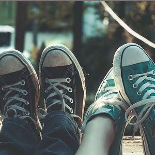 1b23465be57f Black Converse Blue Converse Girl and Boy
