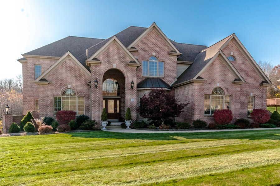 306 North Wind Drive Pine Township Langdon Farms Gibsonia Pa 15044 Price 965 000 Mls 938756 5 Bedrooms 5 5 Baths 3 House Styles Mansions Attached Garage