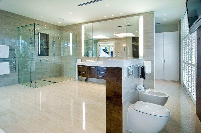 Check the shower lateral drain, all glass, niche, temperature