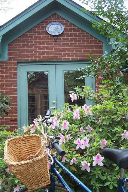 LANDSCAPE DESIGN Decorating Styling: Color On Your Doors - Waterbury Green and red brick
