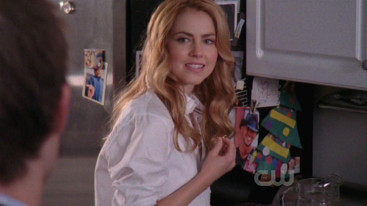 100 Pictures of Amanda Schull One Tree Hill