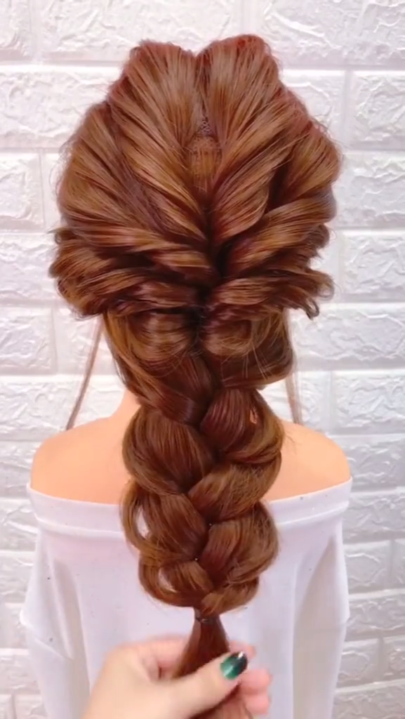 15 SIMPLE AND EASY TO LEARN HAIRSTYLE IDEAS FOR GIRLS NOWADAYS images