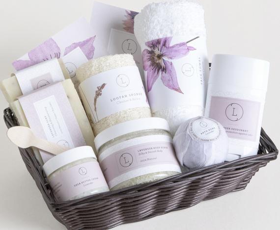 Spa Gift Set Basket SPA Birthday Bath Body Gifts For Mom Valen