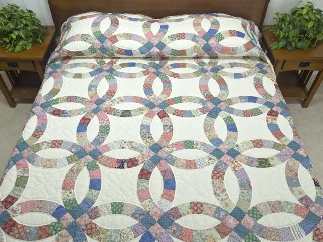 Merveilleux Double Wedding Ring Quilt    Terrific Carefully Made Amish Quilts From  Lancaster (hs5921)