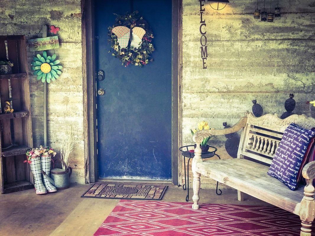 1 bedroom (queen) 1 bath sleeper sofa Among the Texas