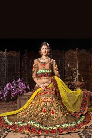 #lehenga #designerlehenga #bridallehenga #weddinglehenga #lehengacholi