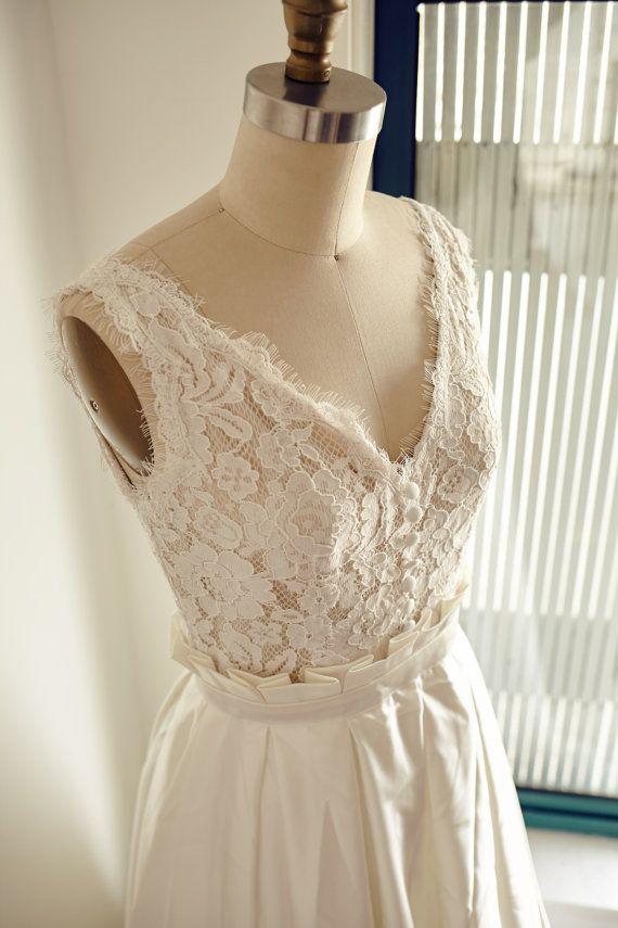 Vintage Satin-Spitze Kleid Brautkleid V Ausschnitt tiefe V offene ...