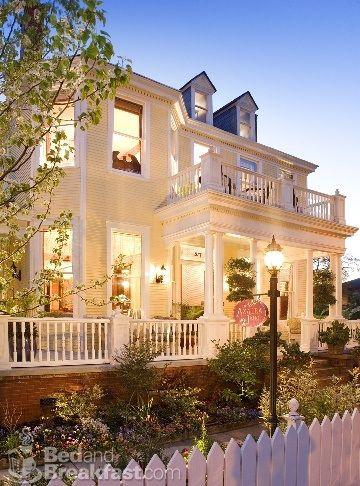 Porch house... my dream house has a balcony