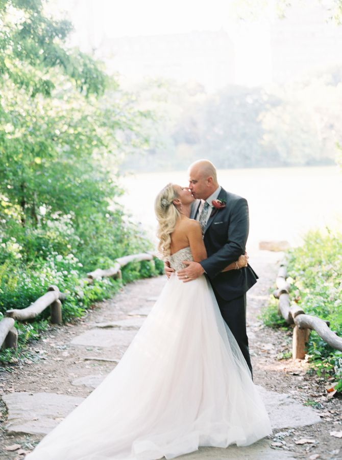 A Sweet Vow Renewal Http Www Stylemepretty New