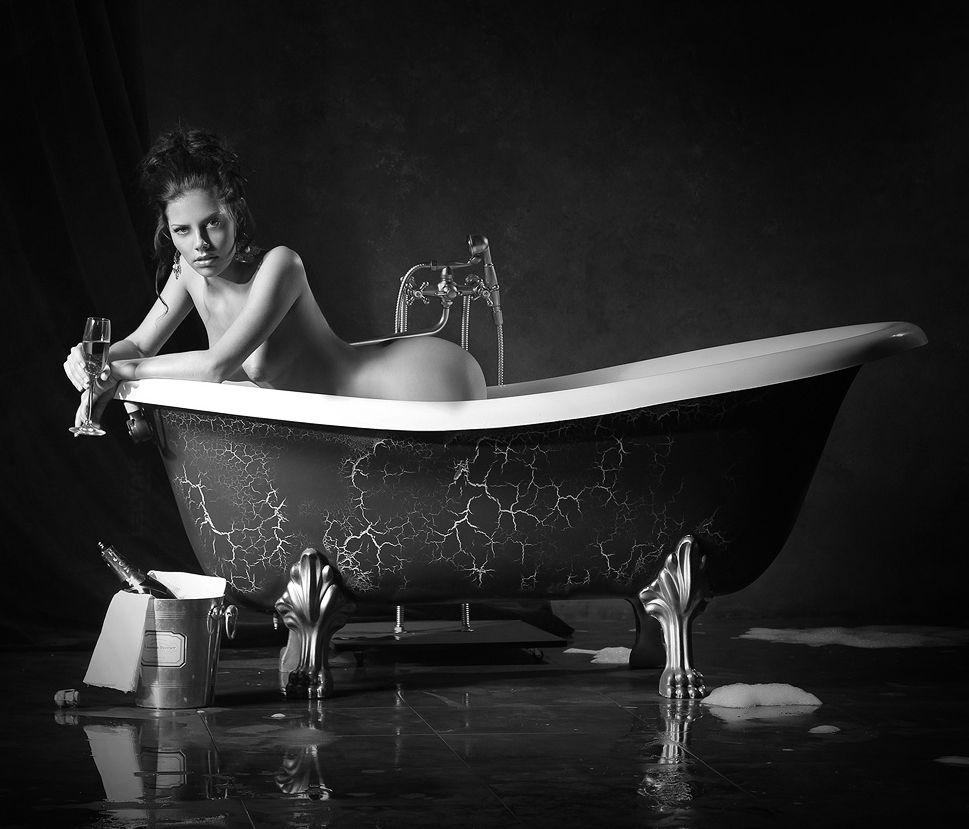 Der Herbst ist wieder da ! Gegen das kalte, nasse Wetter und die trüben kurzen Tage hilft nur eines: Champagner, und der Herbstblues ist garantiert weg ! www.the-champagne.ch