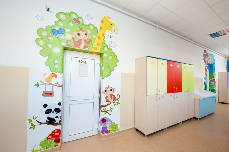 Amenajare Camera Montessori : Картинки по запросу amenajare pereti clasa camera copii