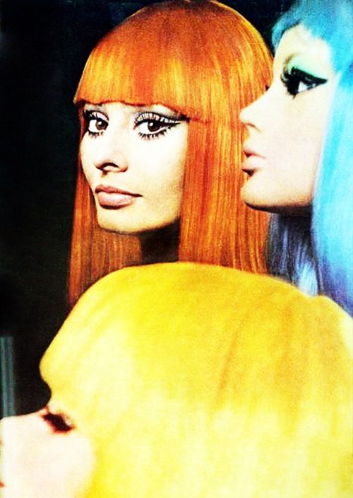 vintagegal:    Sophia Loren with colored wigs made for her by Alexandre of Paris. Photo by Tazio Secchiaroli, American Vogue, April 1, 1970