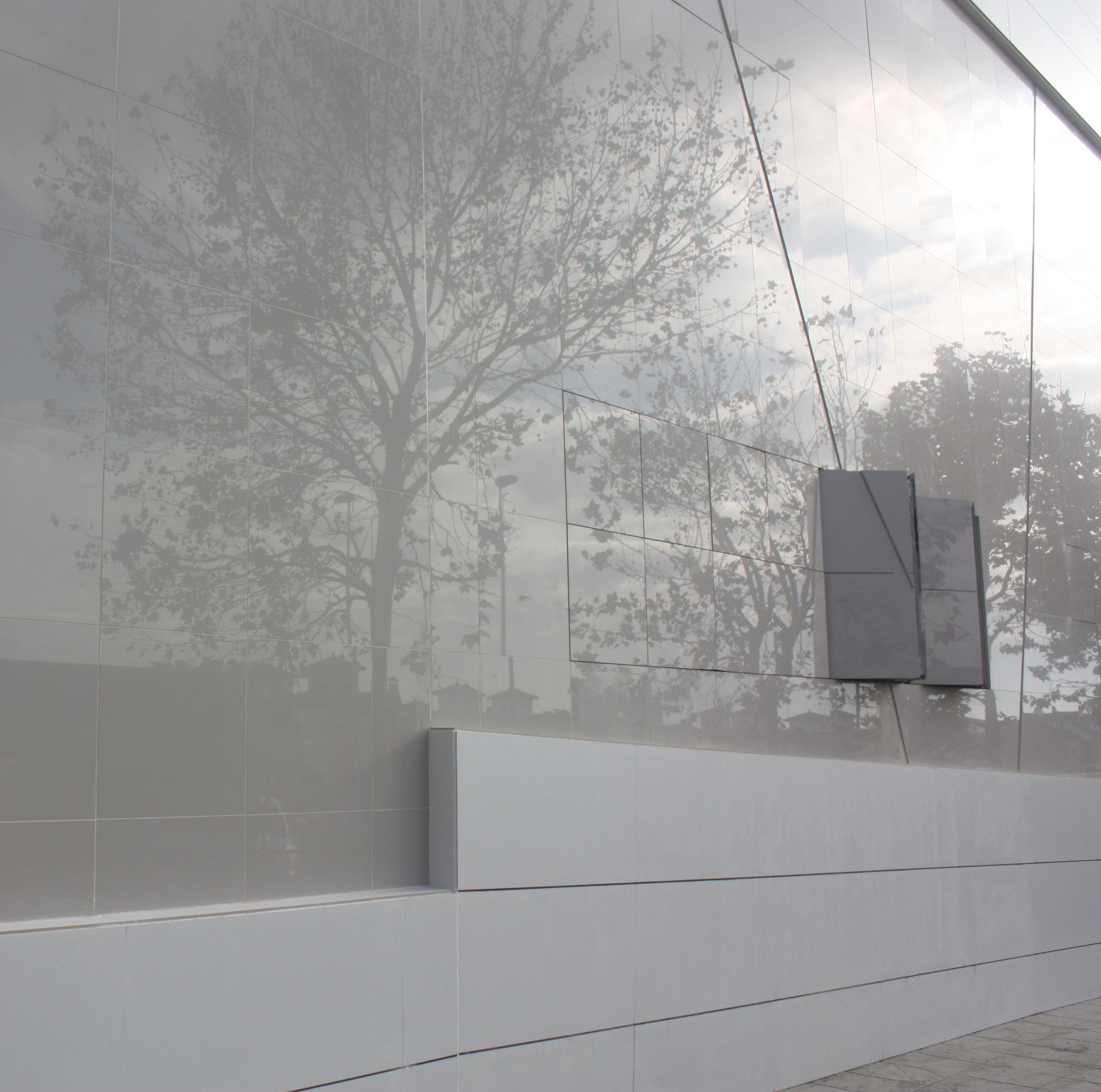 Fachada semiabierta, Residencia para personas discapacitadas, Frater Huelva. LAR Arquitectura http://laboratoriodearquitectura.es/