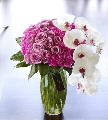Luxury Rose And Phalaenopsis Orchid Vase Luxury Flowers Flower Arrangements Fresh Flowers Arrangements