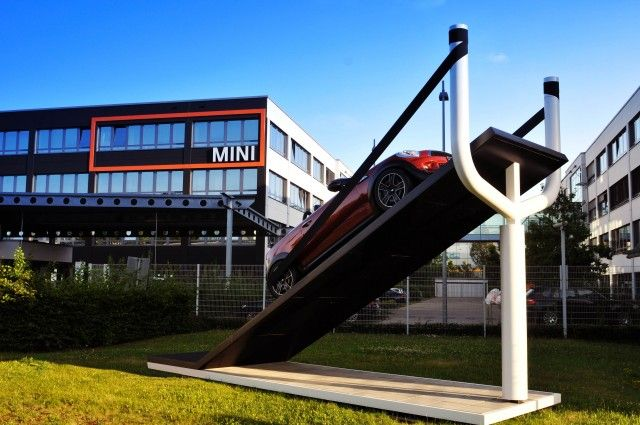 Mini Places Car in Large Slingshot in Latest Buzz Marketing Campaign