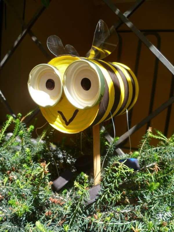 17 personnages rigolos fabriquer pour votre jardin de for Sujet deco jardin
