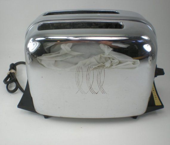 Toastmaster Toaster 1B24 Chrome Vintage by oldetymestore on Etsy