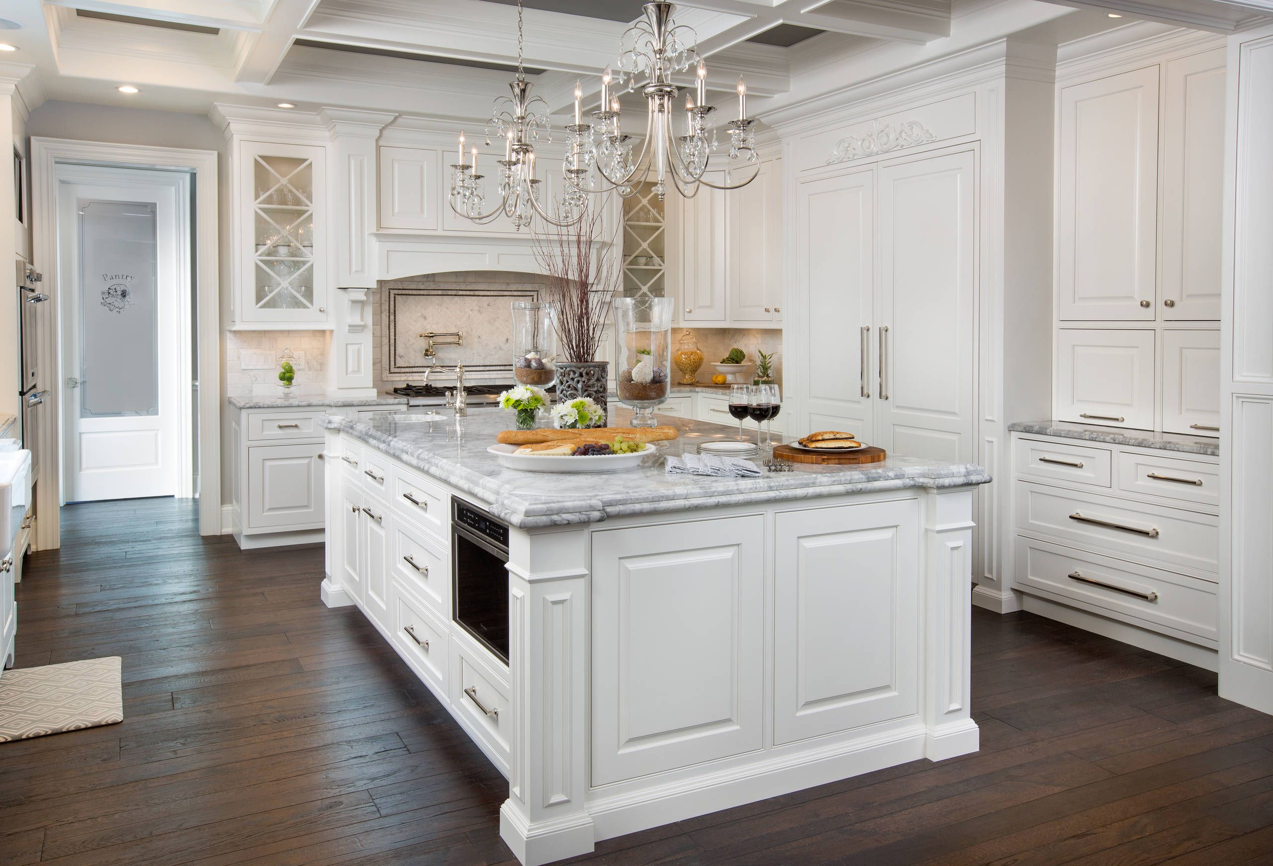 7 Steps To Decorating Your Dream Kitchen Make Sure To Buy Our Must Have Items Betterdecoratingbi Kitchen Marble White Kitchen Decor Kitchen Cabinet Design