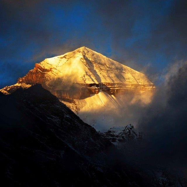 Sunrise At Mount Kailash Western Himalaya Himalaya Climbers Climbing Peak Summit Camp Camping Mountain Photography Kailash Mansarovar Camping Spots