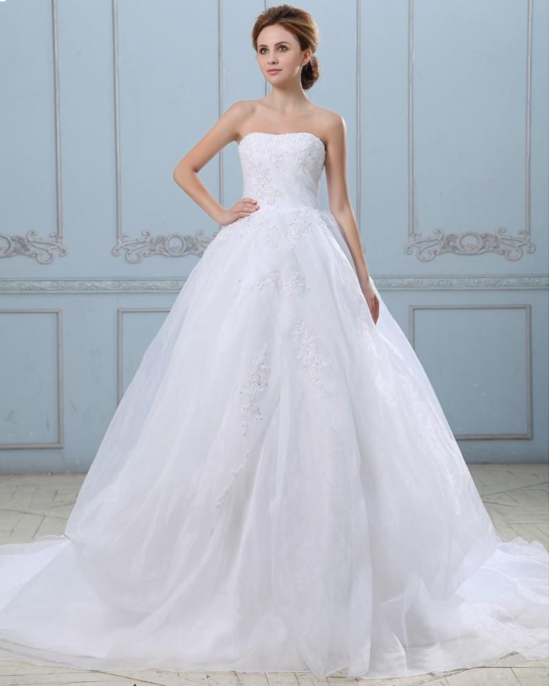 This dress with a duck egg blue sash around the waist would be