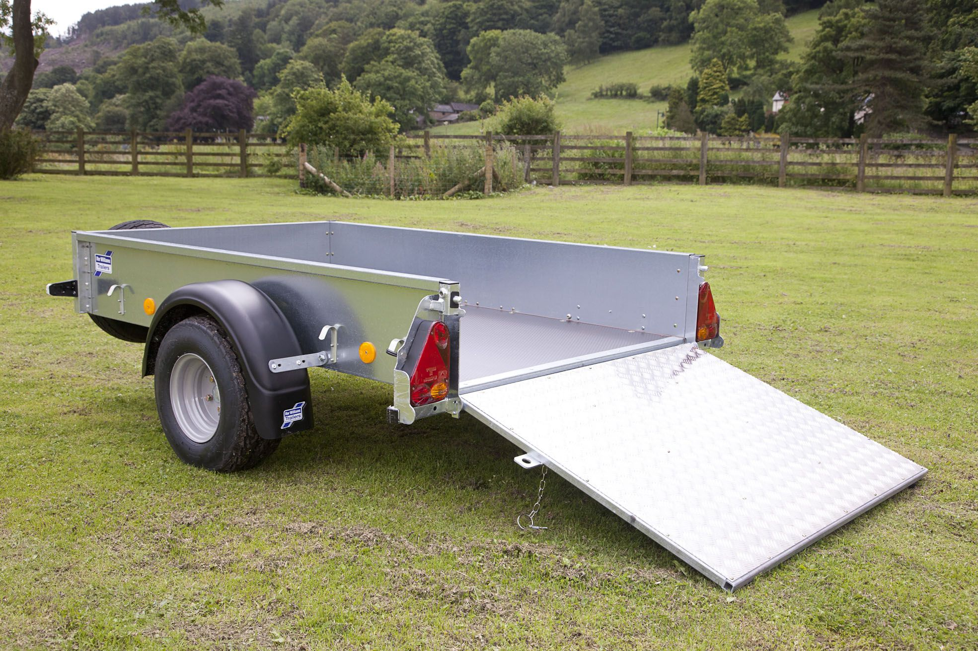 Ifor Williams P6e Model Complete With Ramp Trailer Antique Cars Cool Stuff