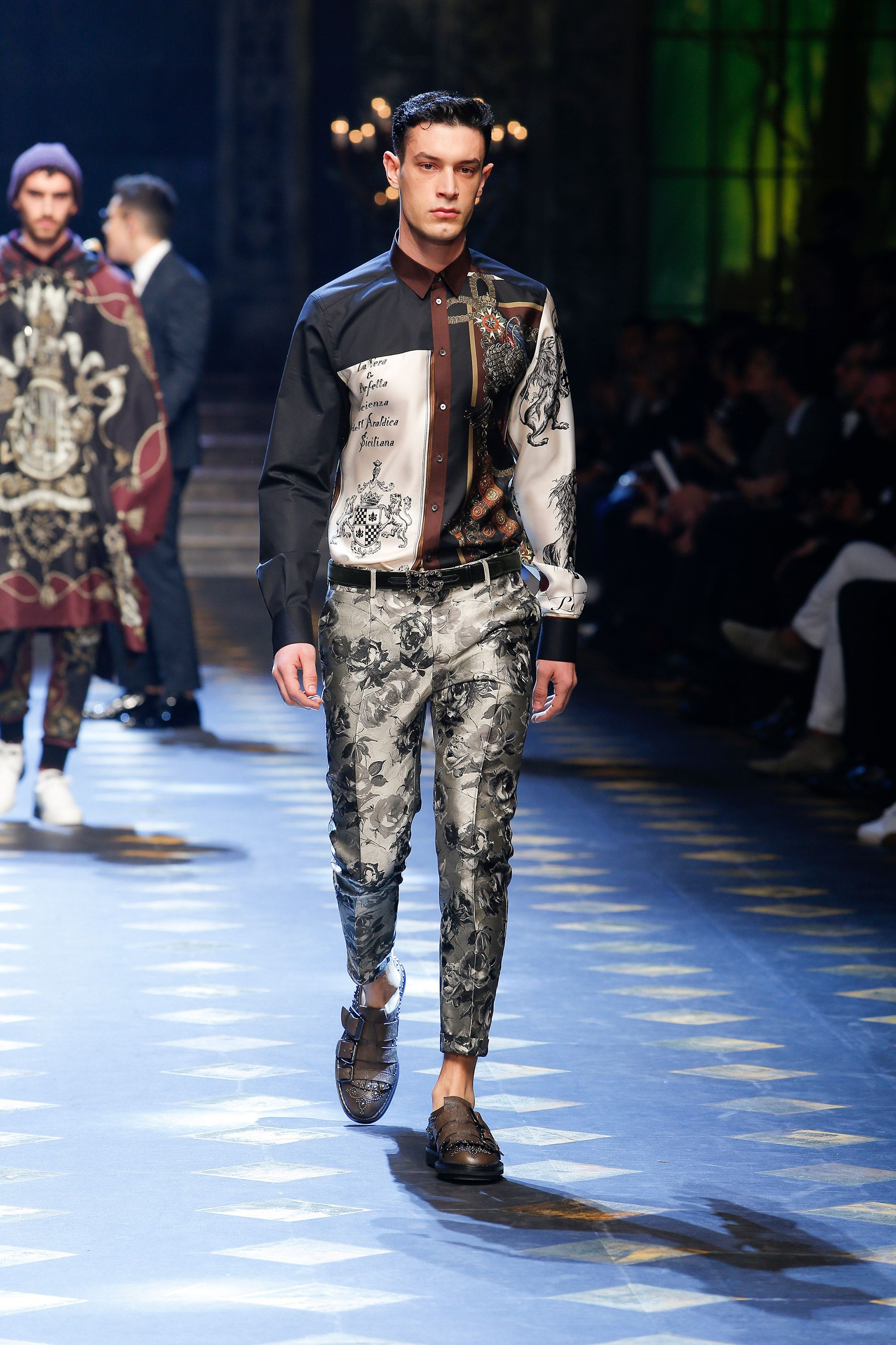 427b5ec82c60 Discover Videos and Pictures from the Catwalk of Dolce Gabbana Fall Winter  2017-18 Menswear Fashion Show on Dolcegabbana.com.