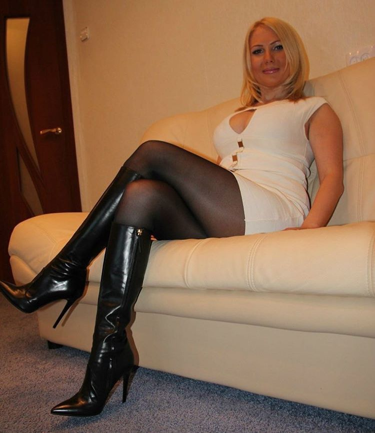 Older women in boots fetish court files