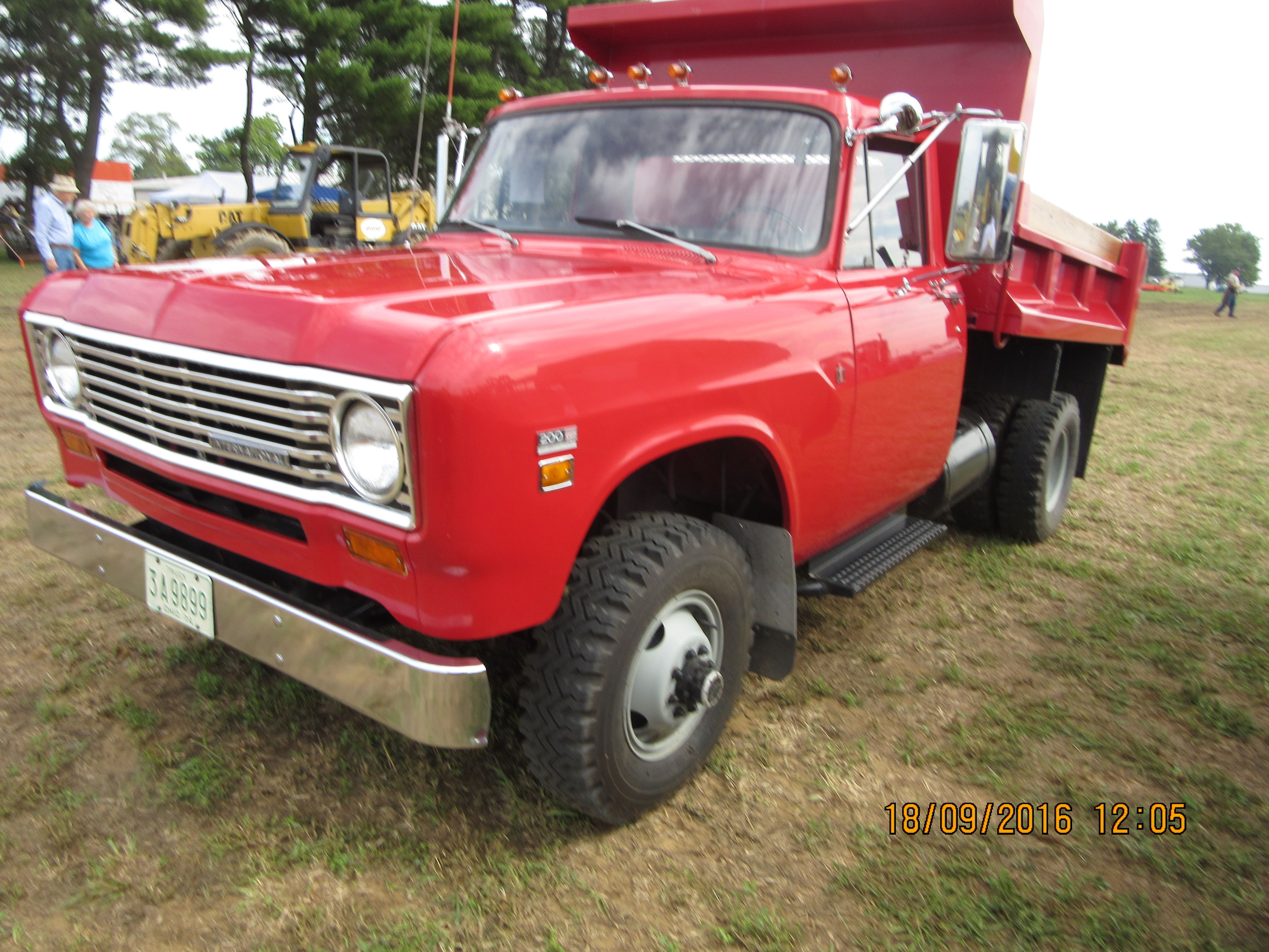 Nice Red 1975 International 1200 Dump Truck Ford Trucks Dump Trucks Trucks