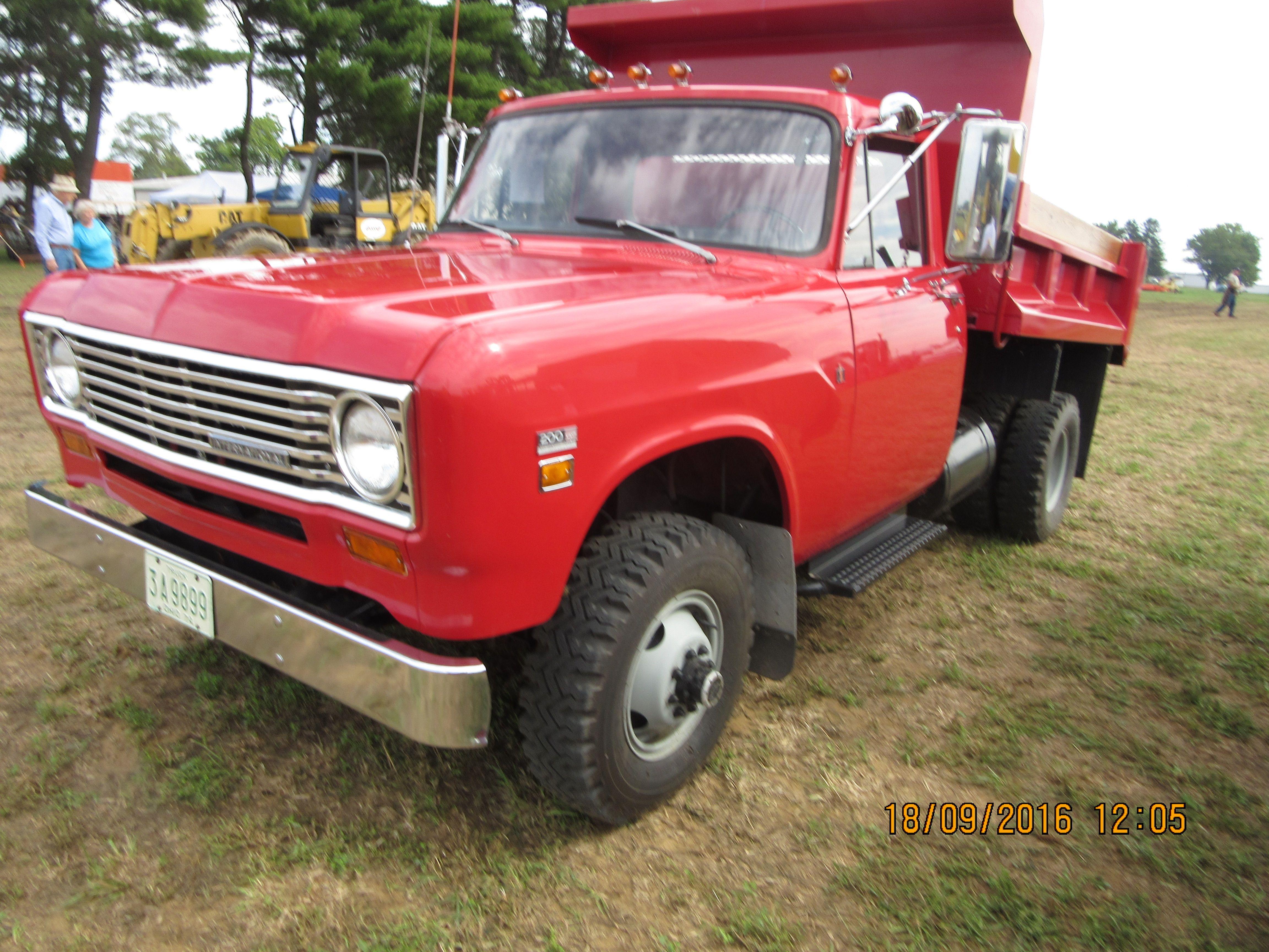 Nice red 1975 International 1200 dump truck Ford trucks