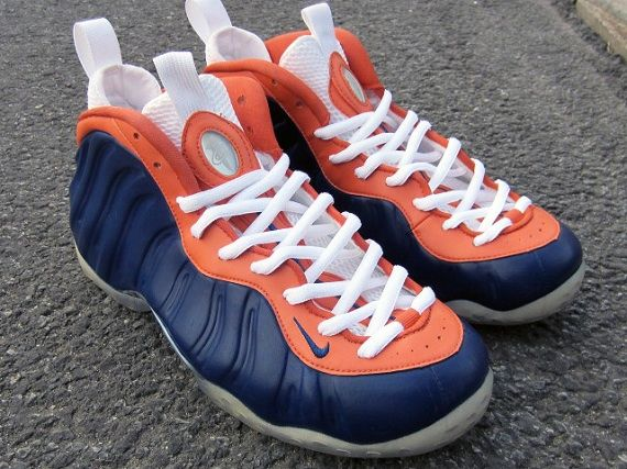 533c3fa223a59 ... Nike Air Foamposite One Chicago Bears Customs by FETTi D BIASI ...