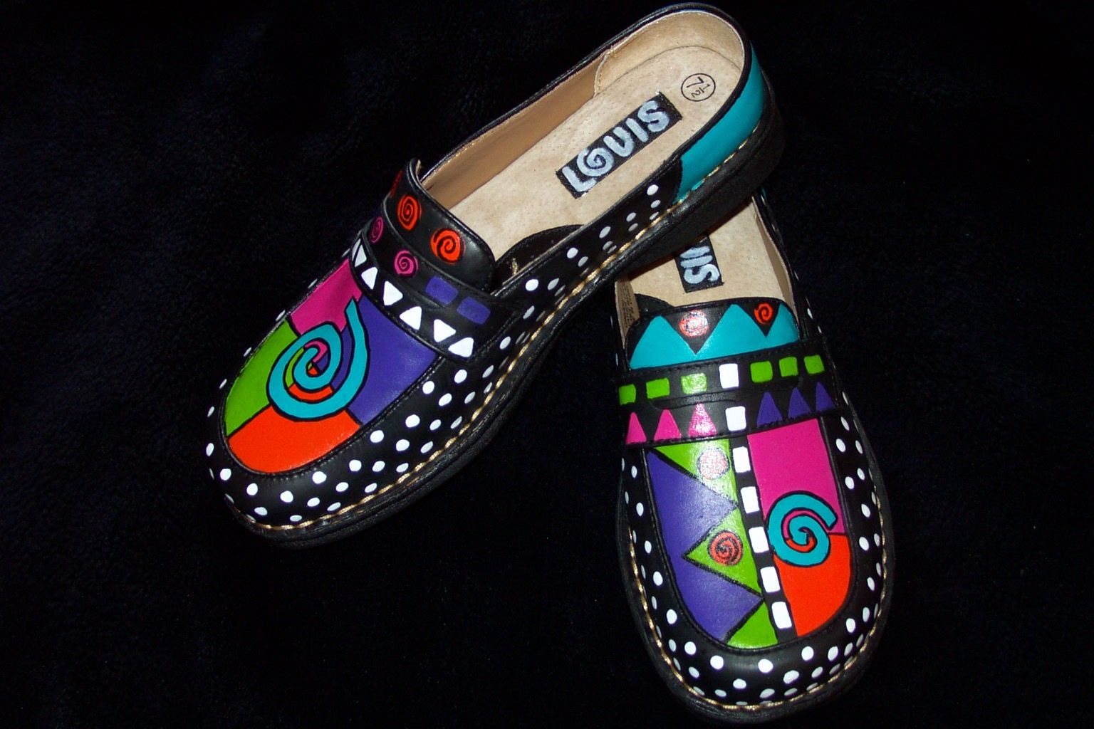 Painted leather shoes I did