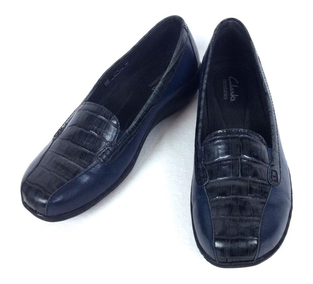 2149137ccb8 Clarks Shoes Womens Navy Blue Leather Comfort Loafers 6.5  Clarks   LoafersMoccasins
