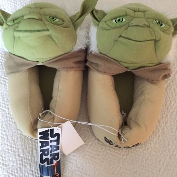 Star Wars Green Yoda Slippers Boys size 2-3 Brand new with tags. Shoes Slippers