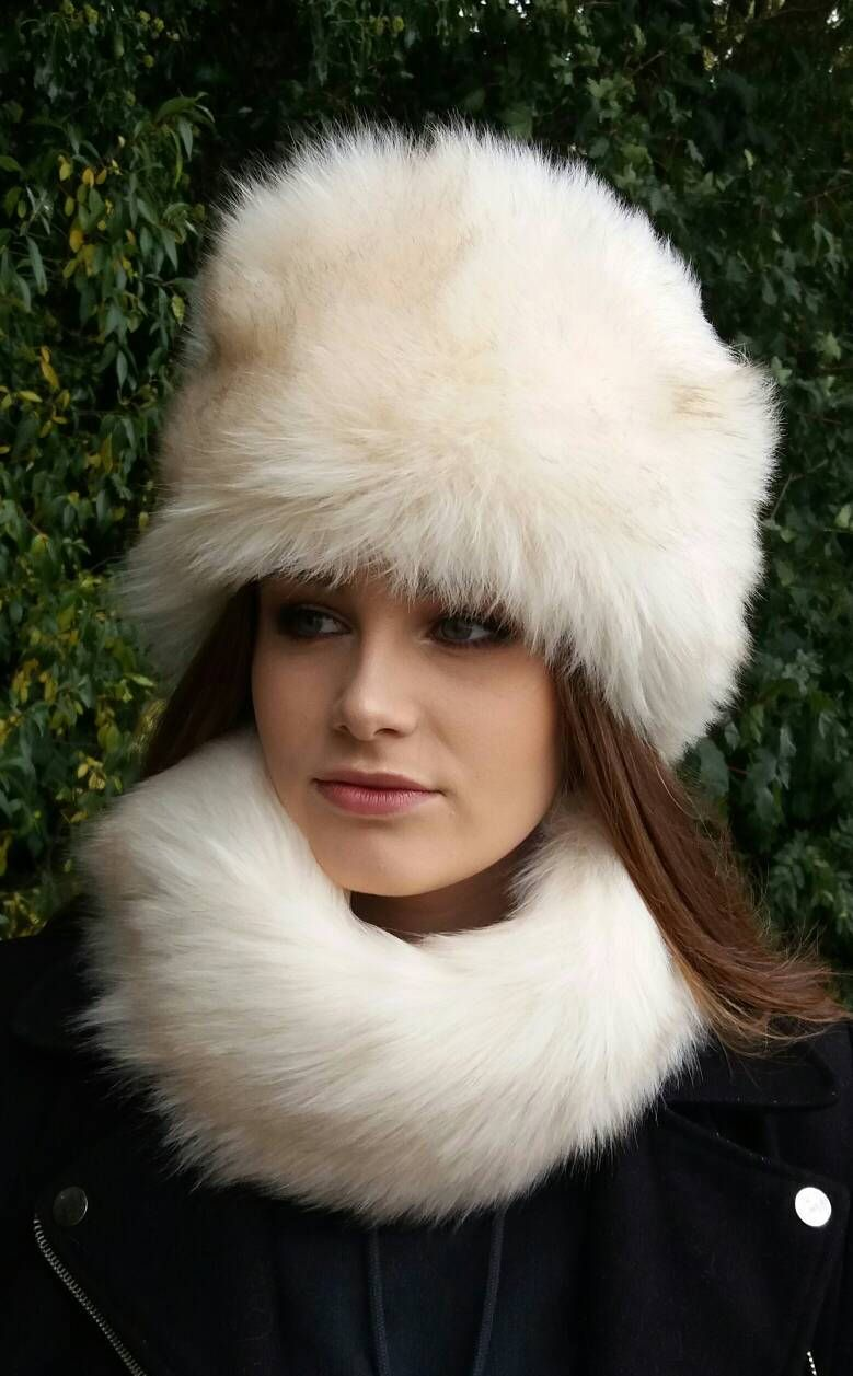 Beautiful Cream Faux Fur Hat with Cosy Polar Fleece Lining  2e48be354bf
