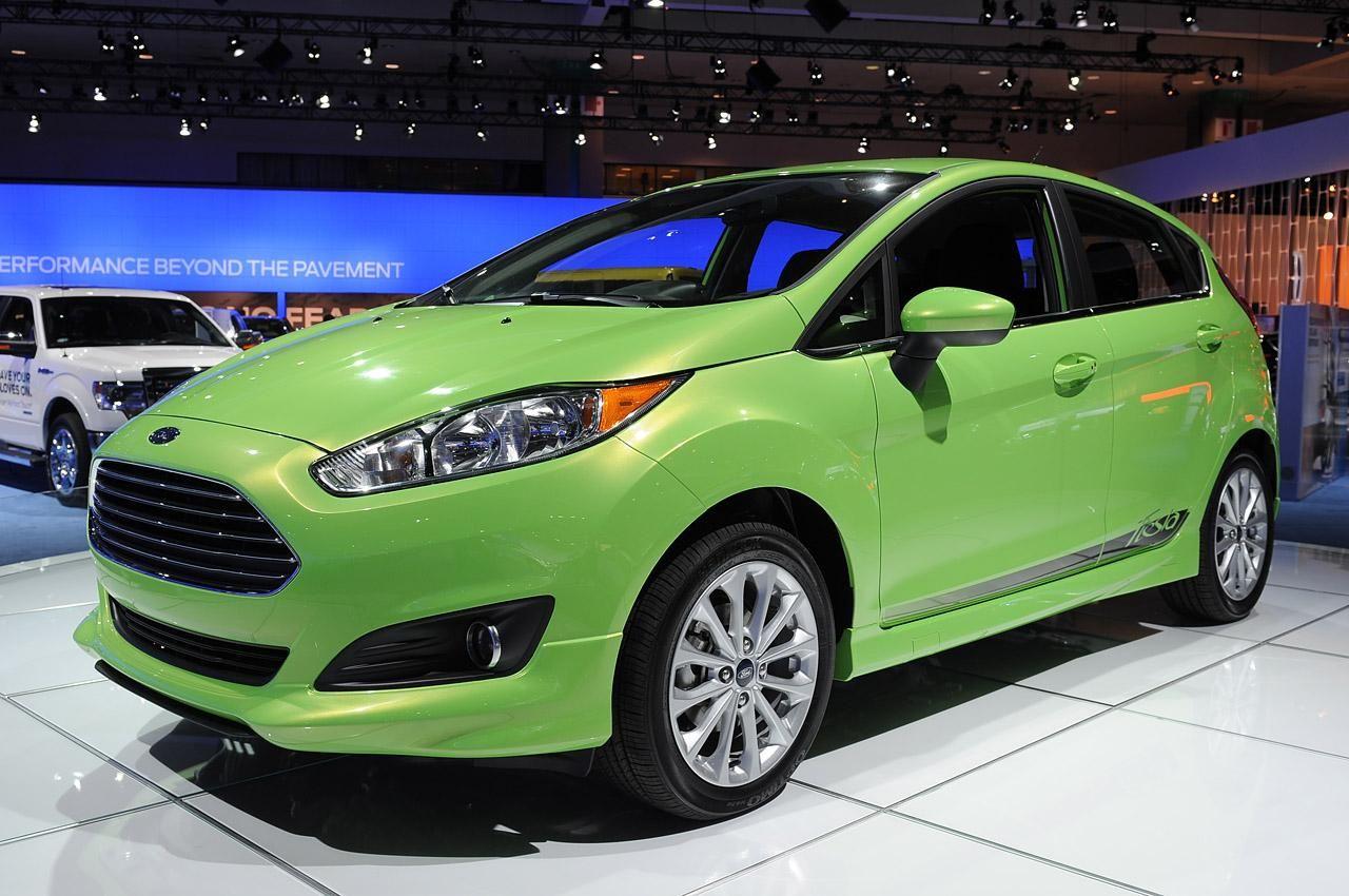 Увеличенная 2014 Ford Fiesta
