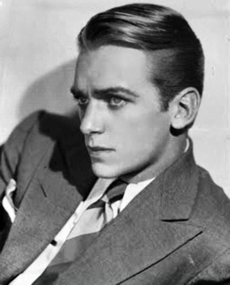 1920s Hairstyles Men Pompadour 1920s Hairstyles Men Men Hairstyles Mens Hairstyles 1920s Hair Pompadour Men