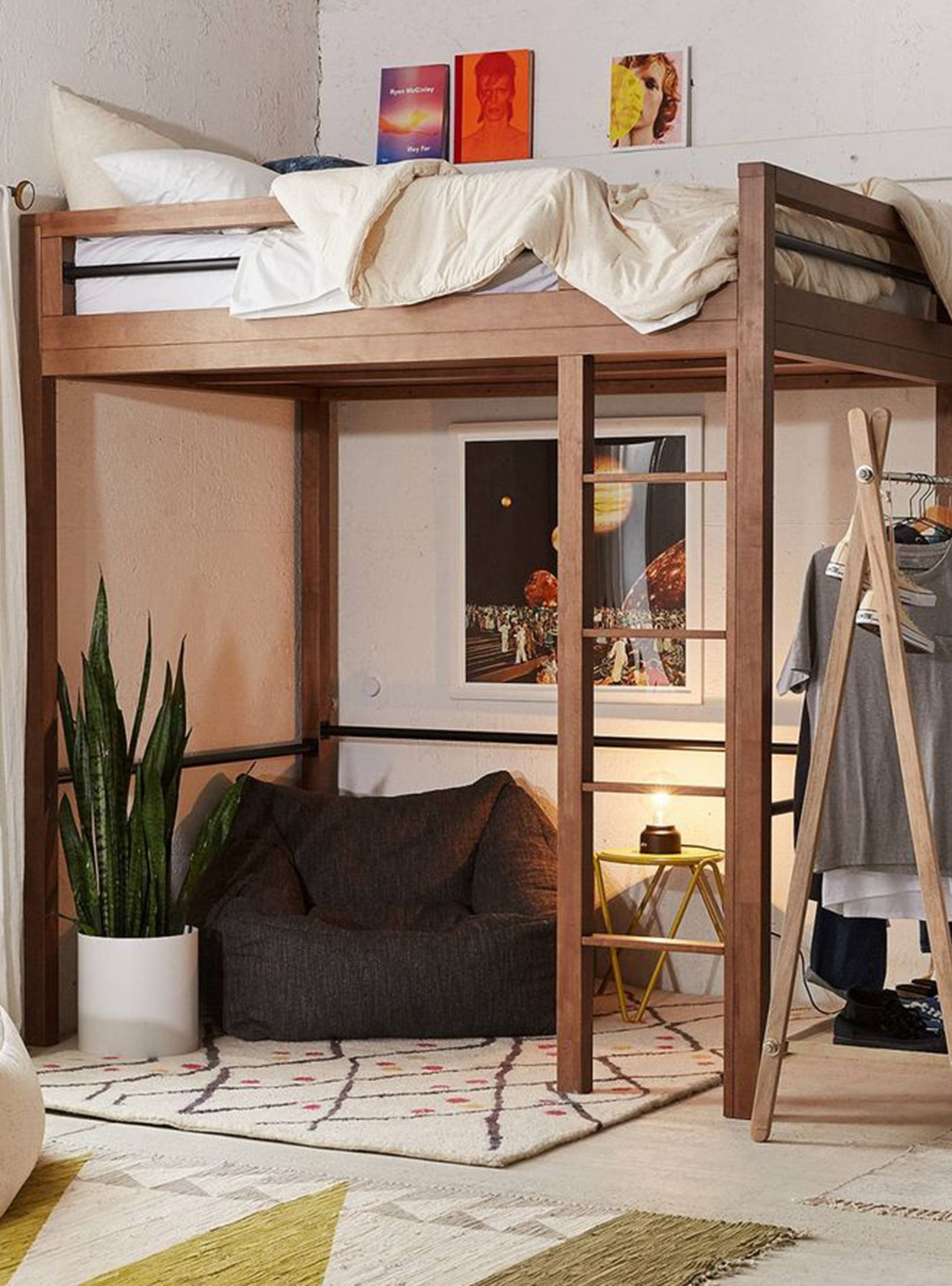 Queen loft bed ideas   Decorating Ideas For Your GrownUp Loft Bed refinery  pokój