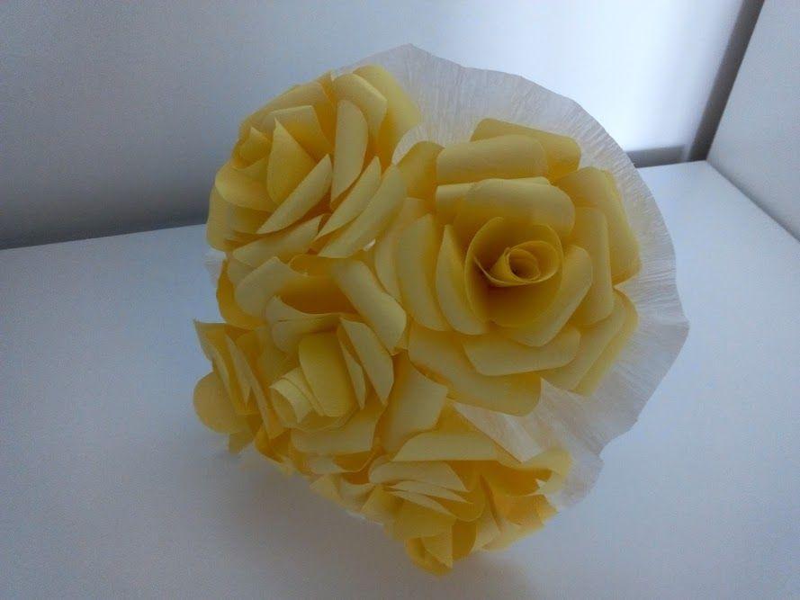 Rosas amarelas de papel