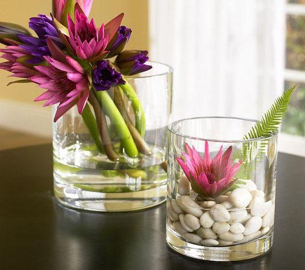 dekoideen-aus-glas-mit-steinen-und-blumen | garten | Pinterest ...