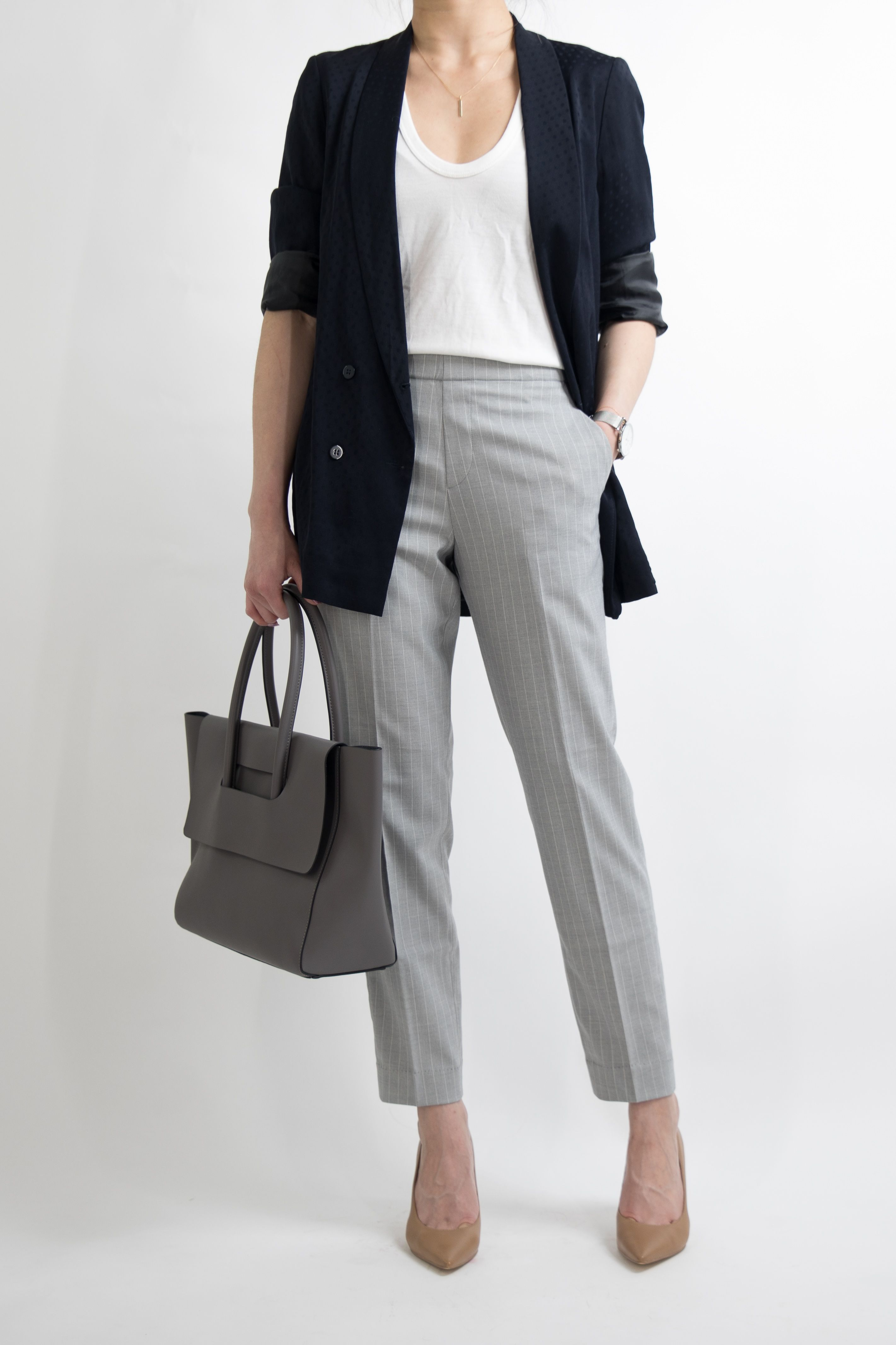 1 MONTH Of Work Outfit Ideas For Women Who Work In An