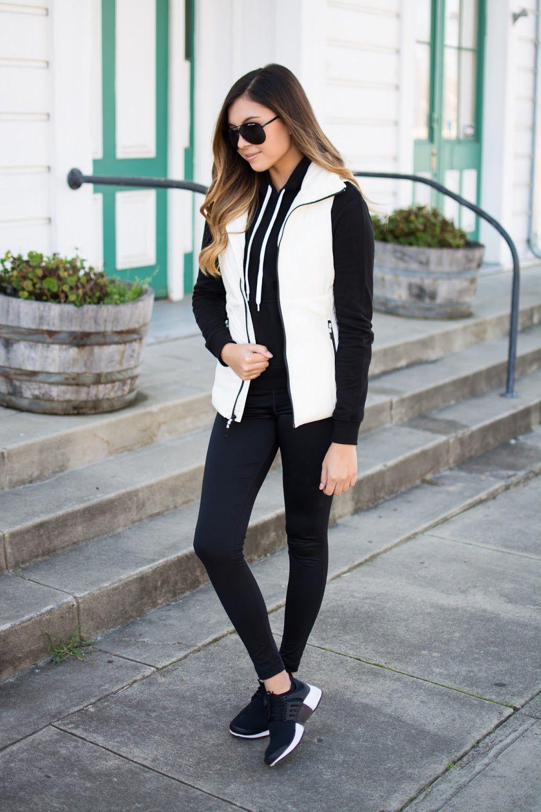 How to white wear leggings in winter