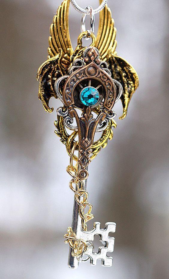 """ART In G 자료 봇 on Twitter: """"드래곤 디자인의 판타지풍의 열쇠 #드래곤 #판타지 #열쇠 #보석 #소품 #자료 #아트인지 #Dragon #Fantasy #Key #Jewelry #Prop #Reference #ArtInG https://t.co/xwPgrCmJd5"""""""