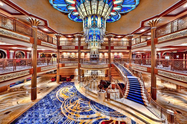 Disney dream ship art deco cruise ship interior design for Interior design challenge art deco