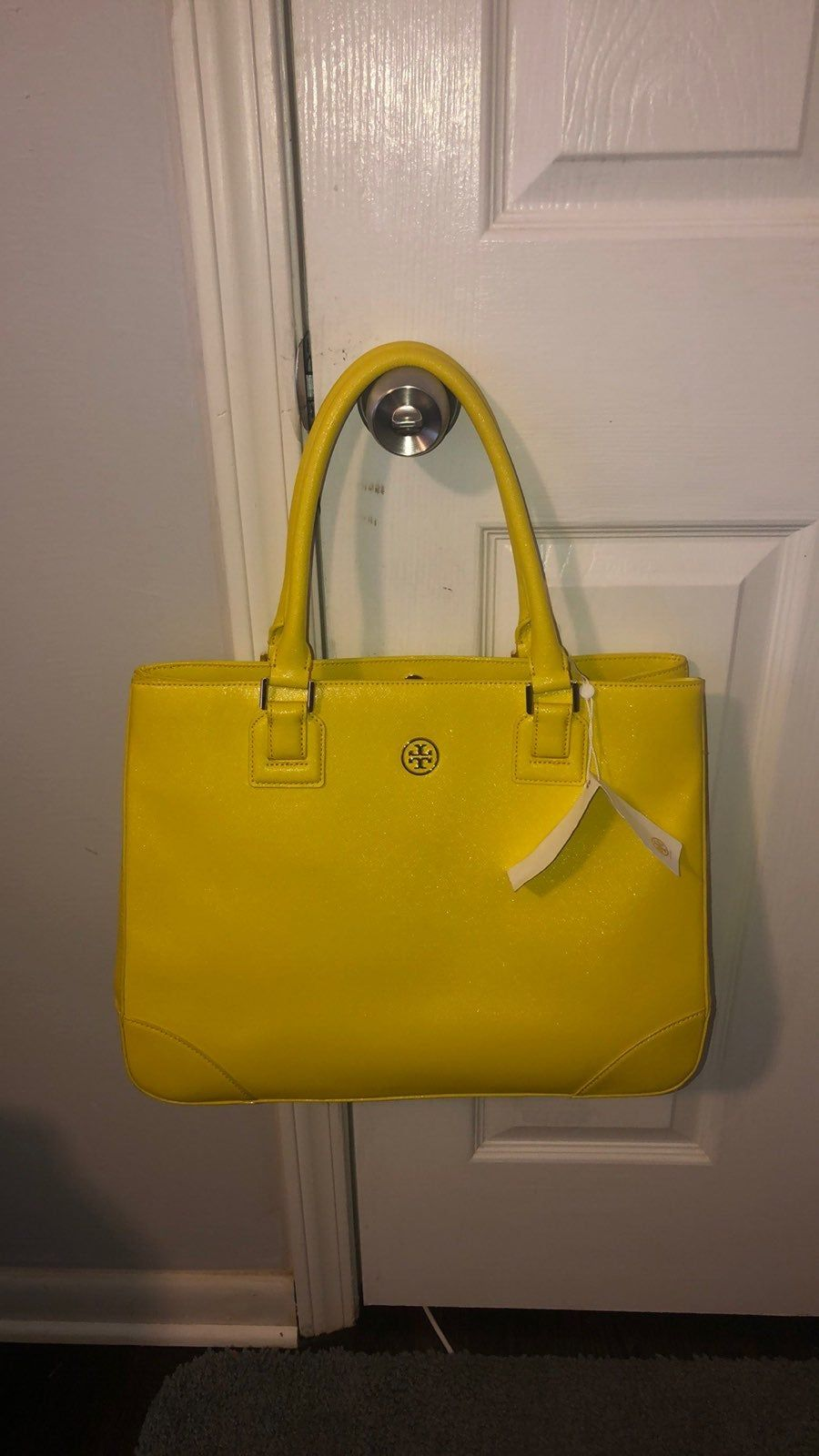 Pin On Tory Burch Tote Bags