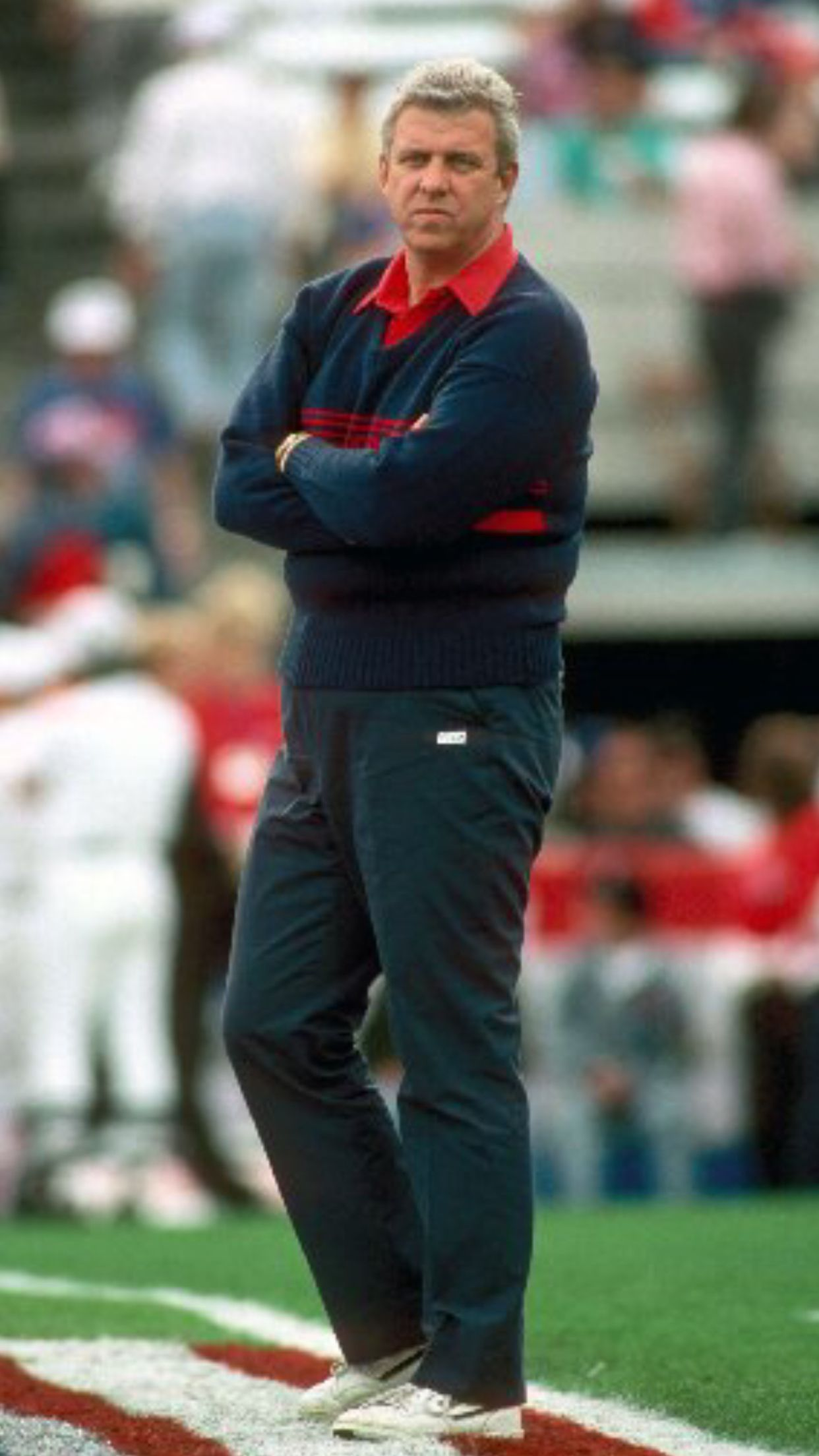 Former head coach of the new york giants bill parcells