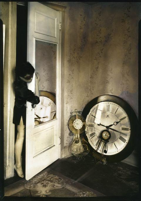 tartanspartan:    Biding Time — Lauren E. Simonutti, 2010