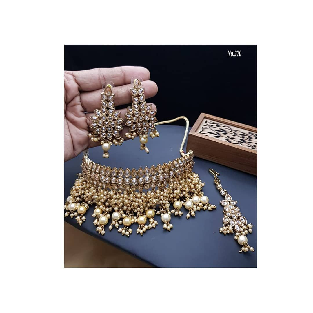 Choker Neckpiece Set With Earrings And Mangtika Dm For Price And Orders Neckpiece Choker Earrings Cho In 2020 Oxidised Jewellery Kundan Jewellery Wedding Jewelry