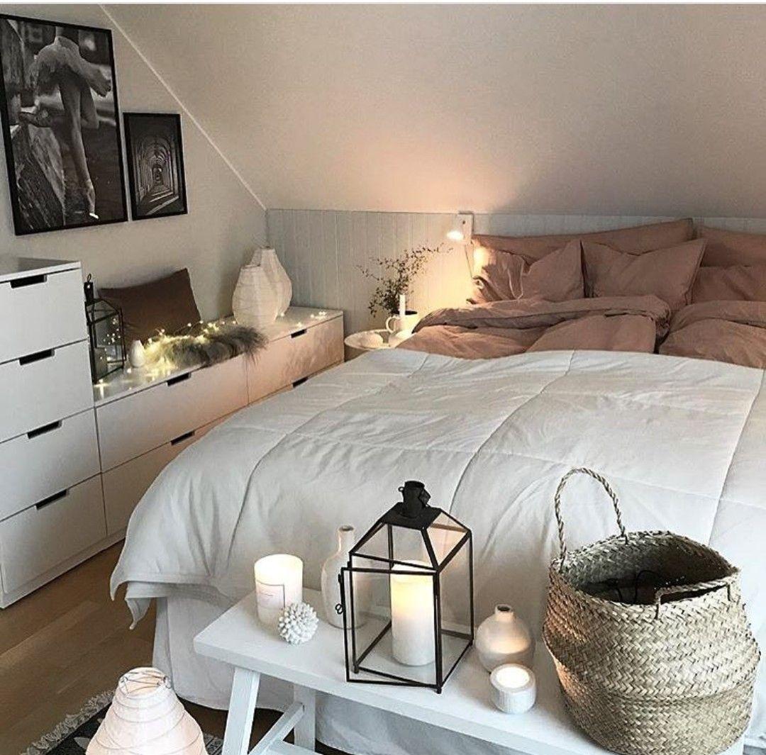 Pin von Beyda Aktas auf decorphobia   Schlafzimmer einrichten, Schlafzimmer dachschräge, Zimmer